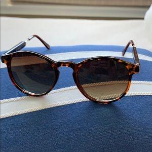AJ Morgan Sunglasses... sun & fun!